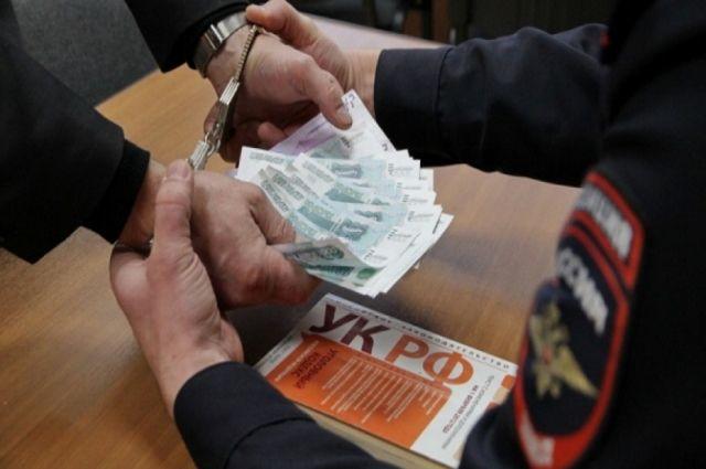 «Черновик»: заместитель начальника Хасавюртовского РОВД схвачен поподозрению вкоррупции
