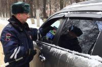 Пьяный тюменский водитель шёпотом покрыл матом полицейских после ДТП