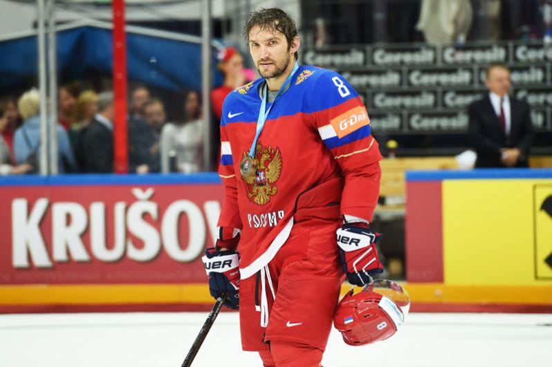 Александр Овечкин (Россия, «Вашингтон Кэпиталз»). Трёхкратный чемпион мира, один из лучших бомбардиров НХЛ последних лет.