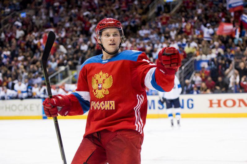 Владимир Тарасенко (Россия, «Сент-Луис Блюз»). Чемпион мира среди молодежи, серебряный призер чемпионата мира, один из лучших бомбардиров НХЛ текущего сезона.