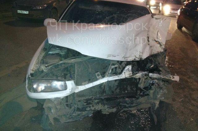Столкнулись три автомобиля – Honda, Toyota и KIA.