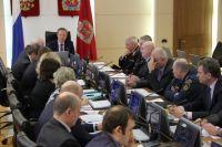 На заседании краевой комиссии по безопасности дорожного движения Виктор Томенко поручил навести порядок в этом вопросе.