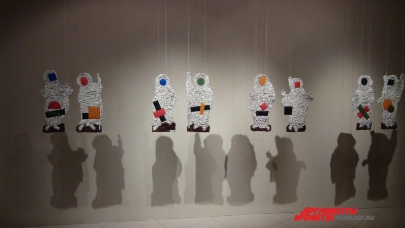 Кстати, некоторые работы Михаила Павлюкевича и Ольги Субботиной сейчас представляют региональное искусство на триеннале российского современного искусства, которое проходит в музее современного искусства «Гараж» (Москва).
