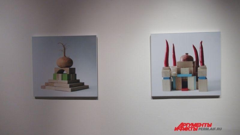 Дмитрий Булныгин, архитектор по образованию, в 1990-е одним из первых в России обратился к новым медиатехнологиям в искусстве.