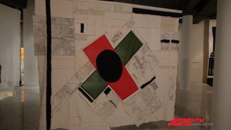 Выставка «Низкая облачность» – часть большого исследовательского проекта музея, направленного на изучение региональной художественной ситуации современного искусства.