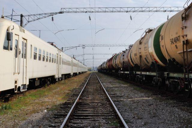 ВТюменской области грузовой поезд сбил мужчину
