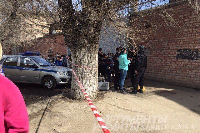 ВСаратове из-за сообщения учащегося обомбе эвакуировали школу №1