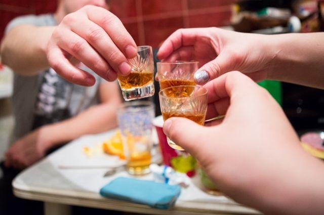 ВРостове ототравления спиртом скончались 10 человек