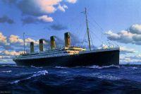 «Титаник», который казался незыблемым, потерпел крушение в северной Атлантике, столкнувшись с айсбергом.