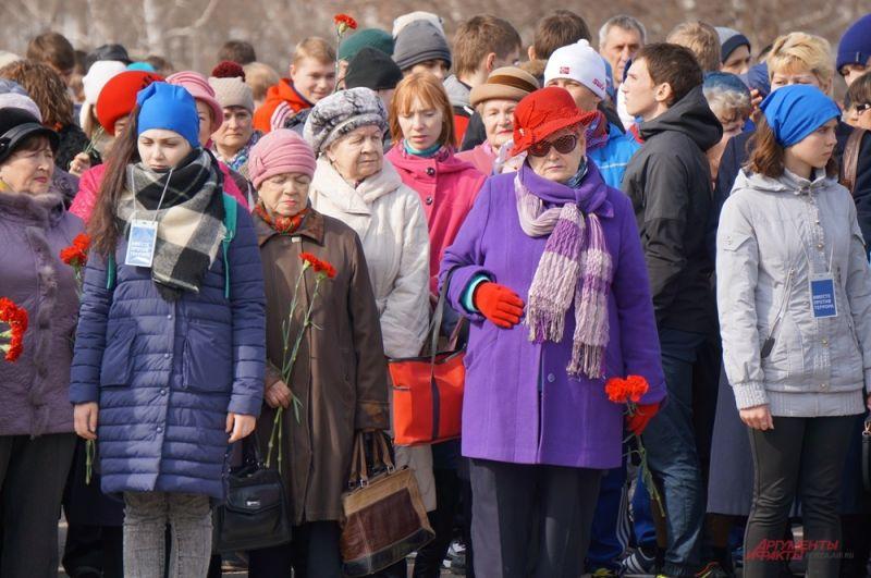 Во время митинга практически все молчали.