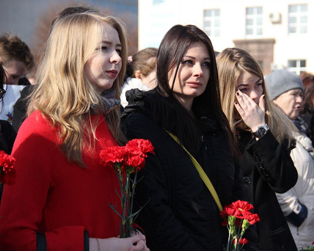 Цветы в память жертв террористического акта