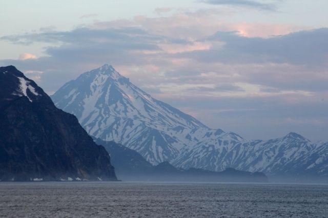 Корабли Тихоокеанского флота ищут на Камчатке пропавший катер