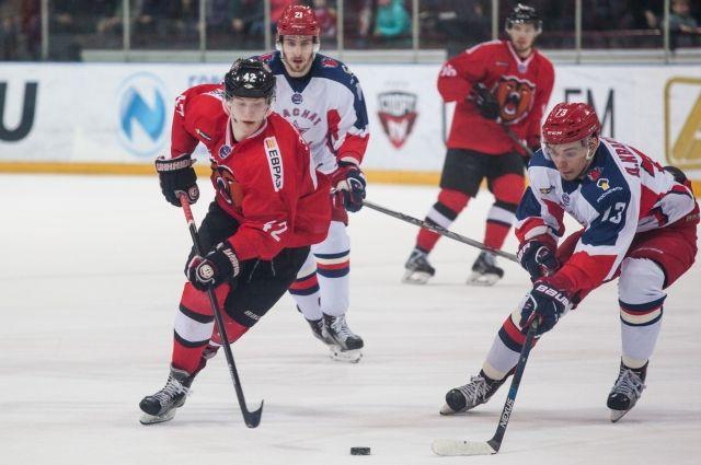 Новокузнечане стали бронзовыми призерами Кубка Харламова.