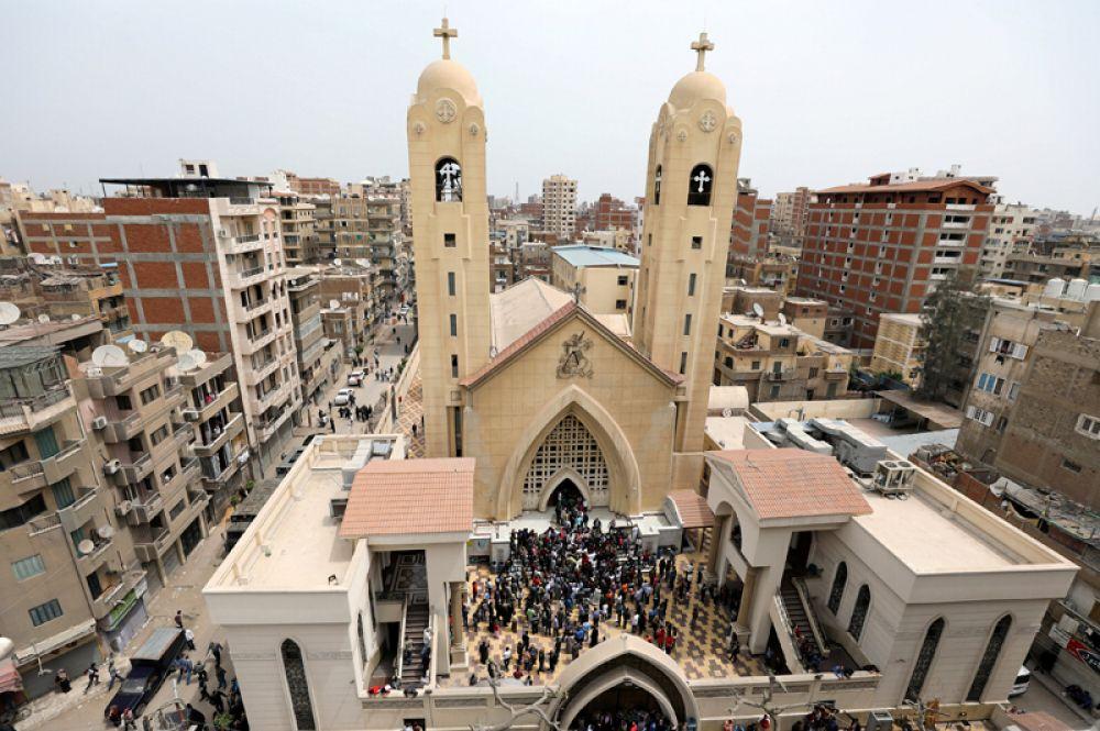 Общий вид на коптскую церковь Мар-Гиргис в городе Танта, где произошёл взрыв.