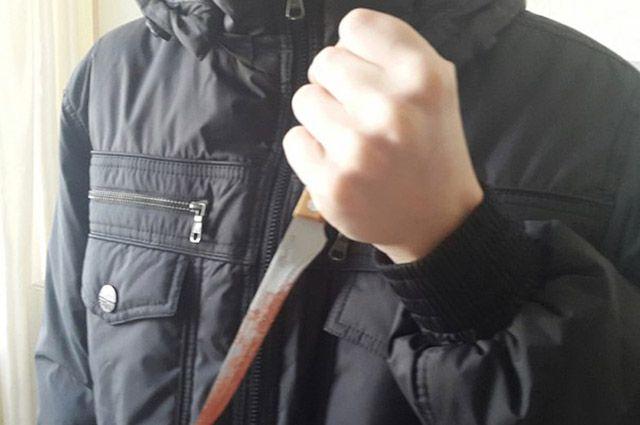 Жительница Ямала выжила после 40 ударов ножом.