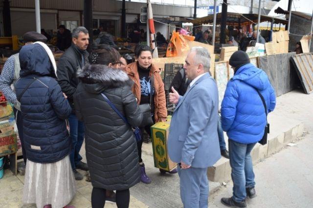 Рабочая встреча Овдиенко с предпринимателями, которые осуществляют торговлю на прилегающей территории к Центральному рынку по ул. Козлова