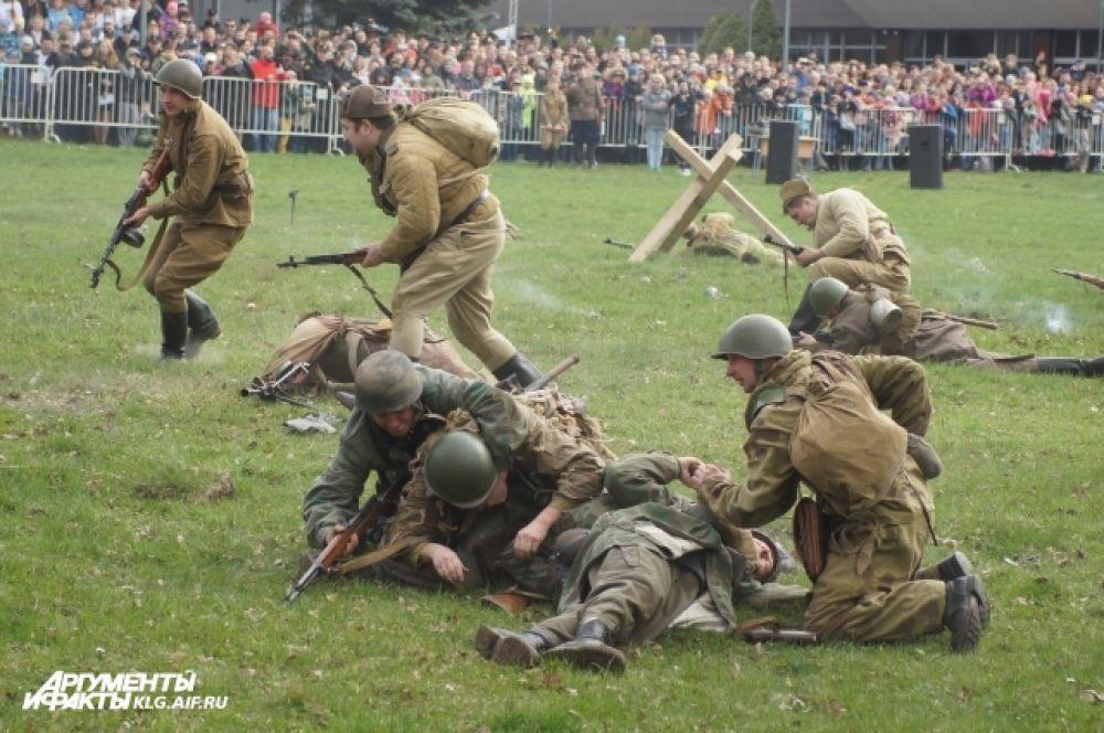 На пехоту ложилась основная тяжесть боя. Выжить - сродни чуду.