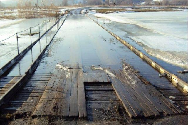 МЧС: В Оренбуржье подтоплено 17 низководных мостов