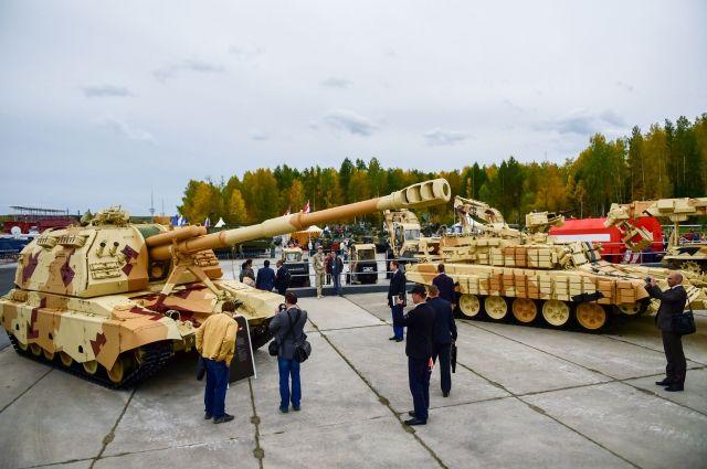 Наполигоне под Нижним Тагилом продлятся показы военной техники