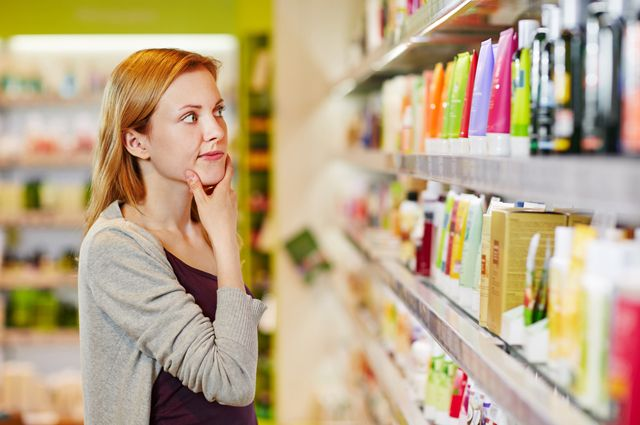 Роспотребнадзор: не стоит покупать косметику в кредит.