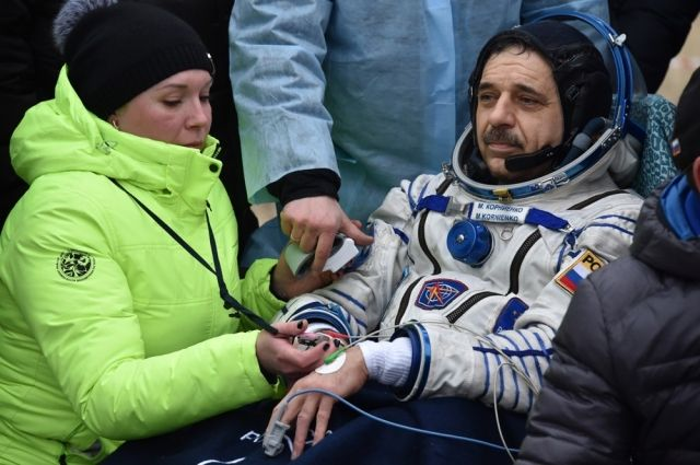 Космонавт Новицкий сМКС поздравил граждан России сДнём космонавтики