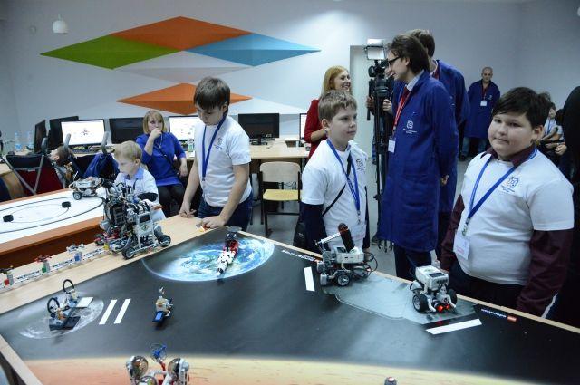 Ребята узнали о с профессиях марсоходчика и инженера роботизированных систем.