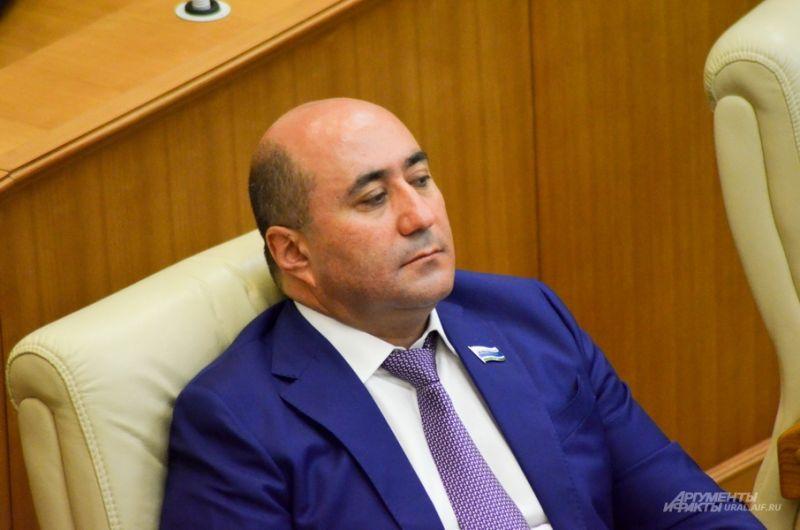 Скандальный депутат «Справедливой России» Армен Карапетян.