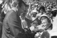 Любой советский ребенок хотел быть, как Гагарин.