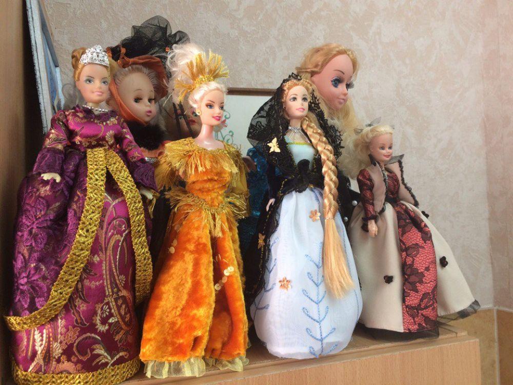 Студенты шьют не только для себя и клиентов, но и для кукол.