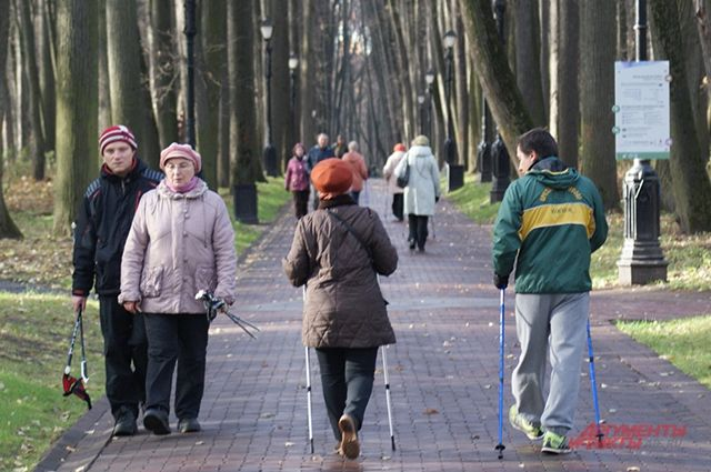 Дозированная ходьба развивает выносливость, улучшает работу сердечно-сосудистой системы и органов дыхания.