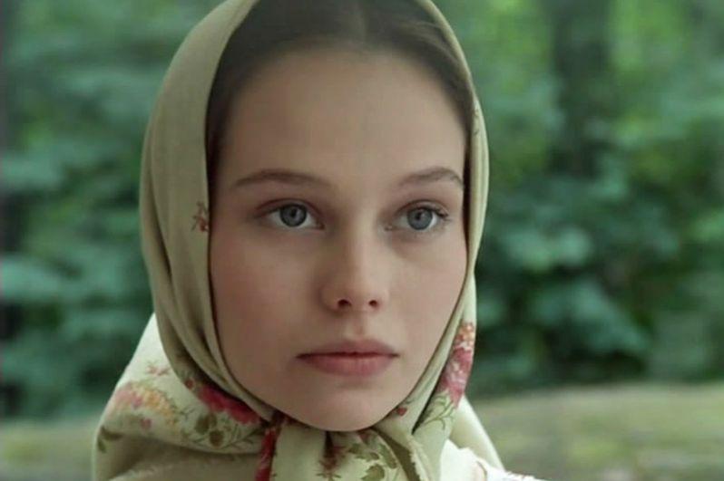 За роль Лизы в картине Алексея Сахарова «Барышня-крестьянка» (1995), снятой по повести Пушкина, Корикова получила приз за лучшую женскую роль на фестивале «Киношок» и премию «Ника».