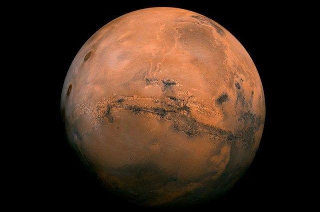 Развитие проекта Mars One приостановлено.