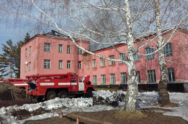 Школа в пос. Городецкий.