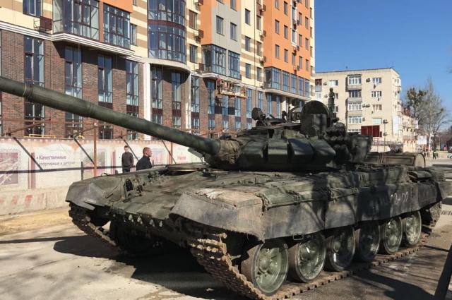 Танки на дорогах Ставрополя встревожили местных граждан