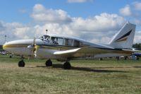 Самолет Piper 23.