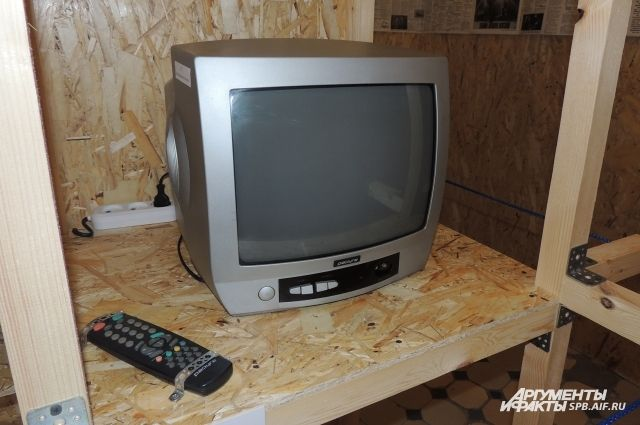 В Ялуторовске собутыльник украл у хозяина квартиры телевизор