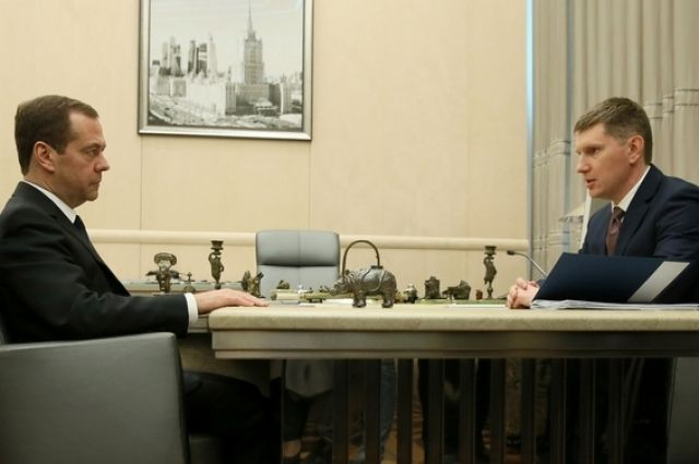 Медведев назвал расходование средств надороги иблагоустройство чувствительной темой