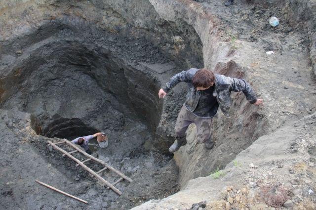 Две бригады «черных копателей» попались на добыче янтаря под Зеленоградском.