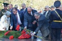 Возложении цветов к памятнику «Партизанам и подпольщикам Крыма»
