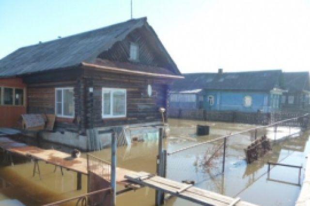 Паводок подтопил 4 жилых дома вУрене