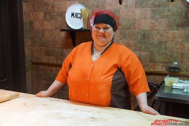39-летнюю Любовь Поносову в коллективе ласково называют Любаша.
