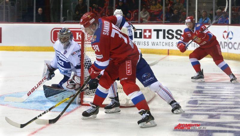 Стоимость билетов на матчи варьируется от 500 до 2 тысяч рублей.