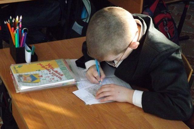 Школьники проверят свои знания по восьми предметам.