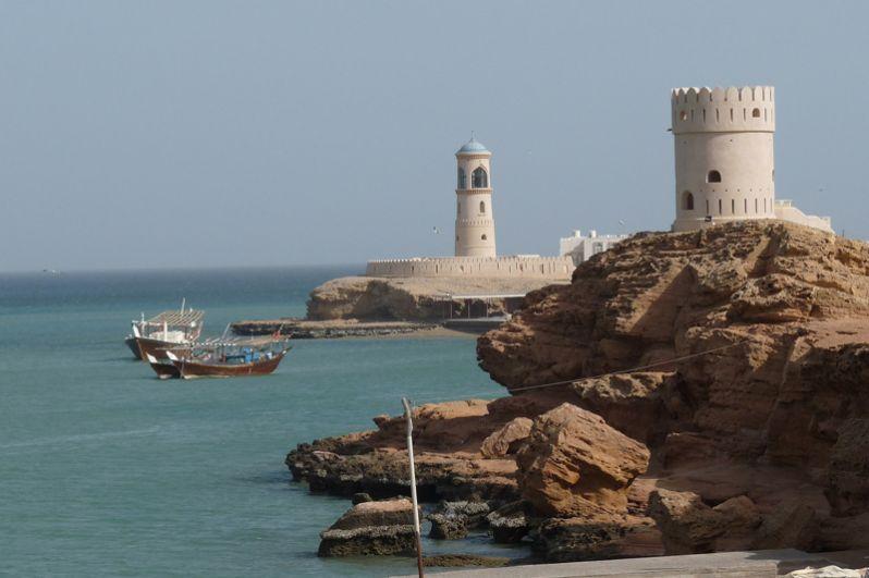 На первых позициях рейтинга также оказались Оман,