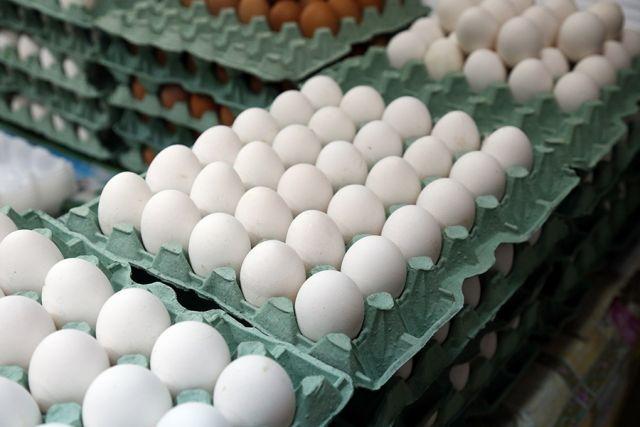 Цена на куриное яйцо в Калининградской области за год снизилась на 20%.