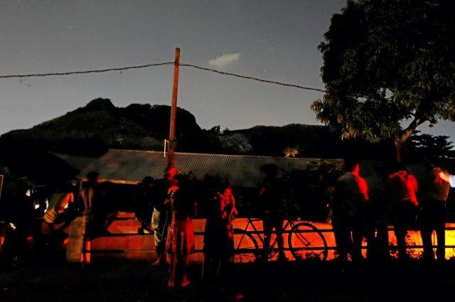 Гора мусора накрыла 40 домов наШри-Ланке