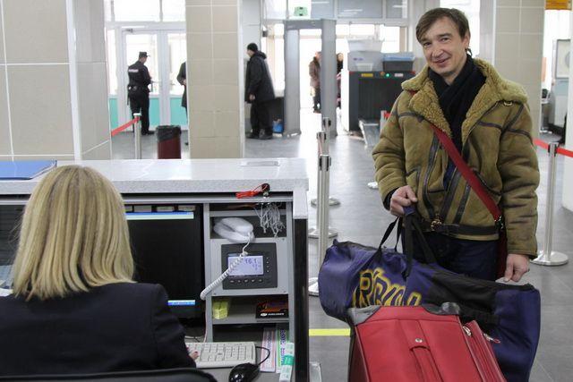 Роспотребнадзор проверяет всех пссажиров и членов экипажа на наличие инфекций.