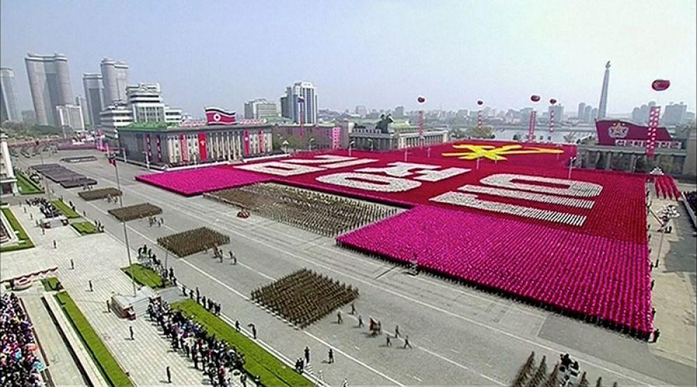 Северная Корея отмечает 105-ю годовщину со дня рождения Ким Ир Сена.