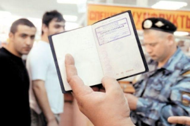 Штамп в паспорте делала за 1000 рублей.