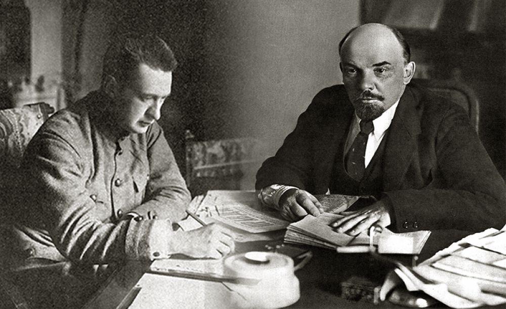 В феврале 1917 года Керенский предлагал Ленину встретиться и поговорить, но тот отказался